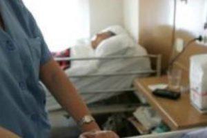 El permiso por hospitalización requiere la pernoctación del familiar enfermo