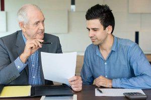 Contrato de relevo: ¿puede mantenerse tras la jubilación anticipada del trabajador relevado?